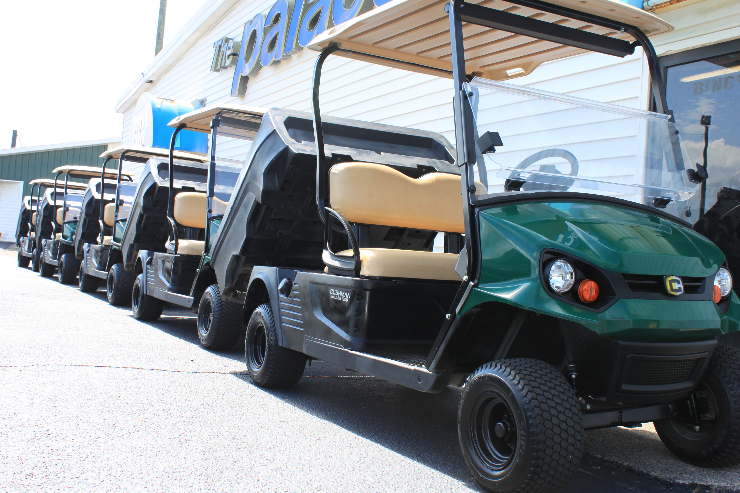 STOCK# 2017HAULERS, 2017 CUSHMAN HAULER GAS GOLF CART