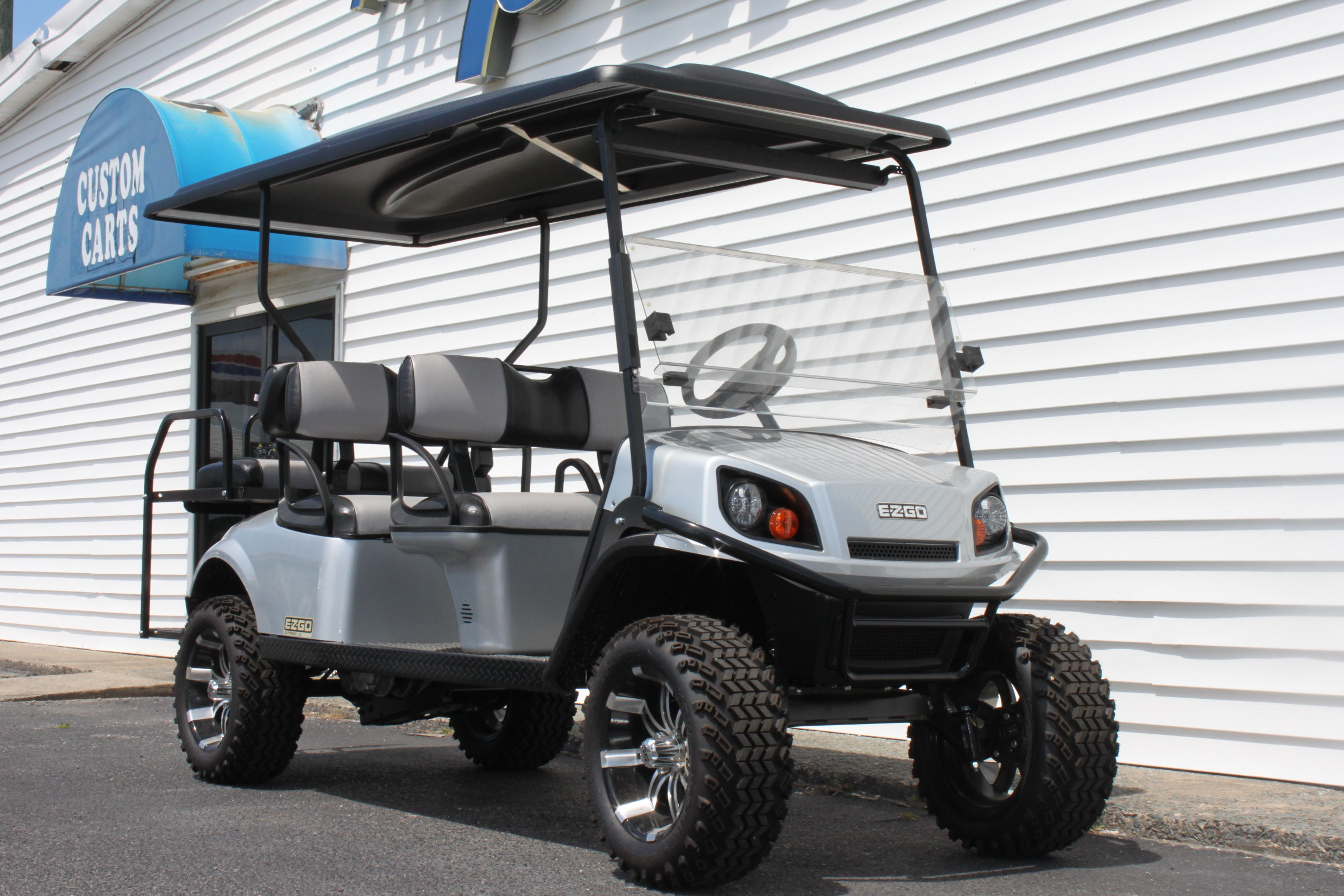 STOCK# 2019SILVERL6, 2019 E-Z-GO L6 EXPRESS GAS GOLF CART