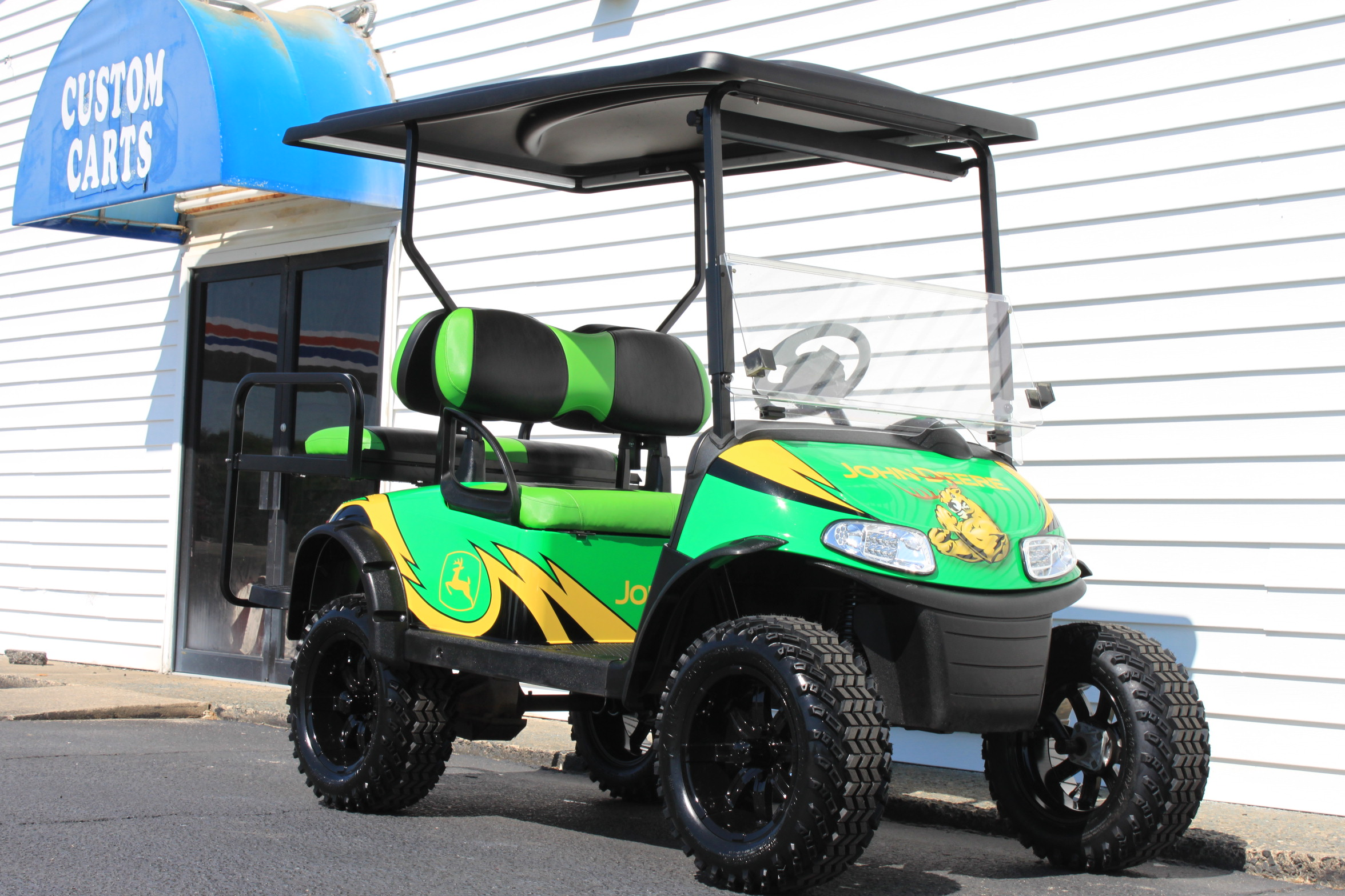 STOCK# 5408276, 2016 E-Z-GO RXV, 48 VOLT GOLF CART