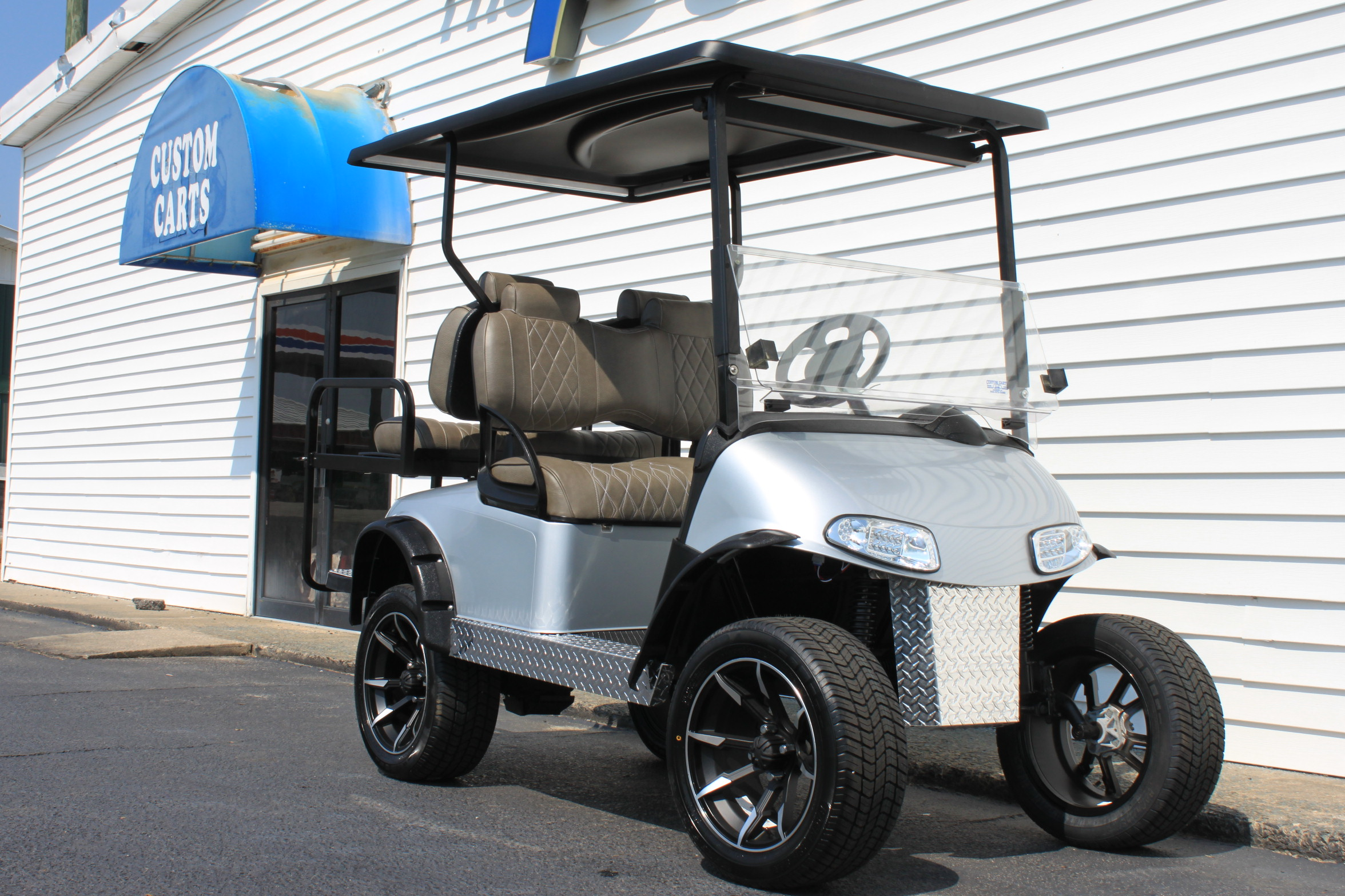 STOCK# 5408316, 2016 E-Z-GO RXV, 48 VT GOLF CART