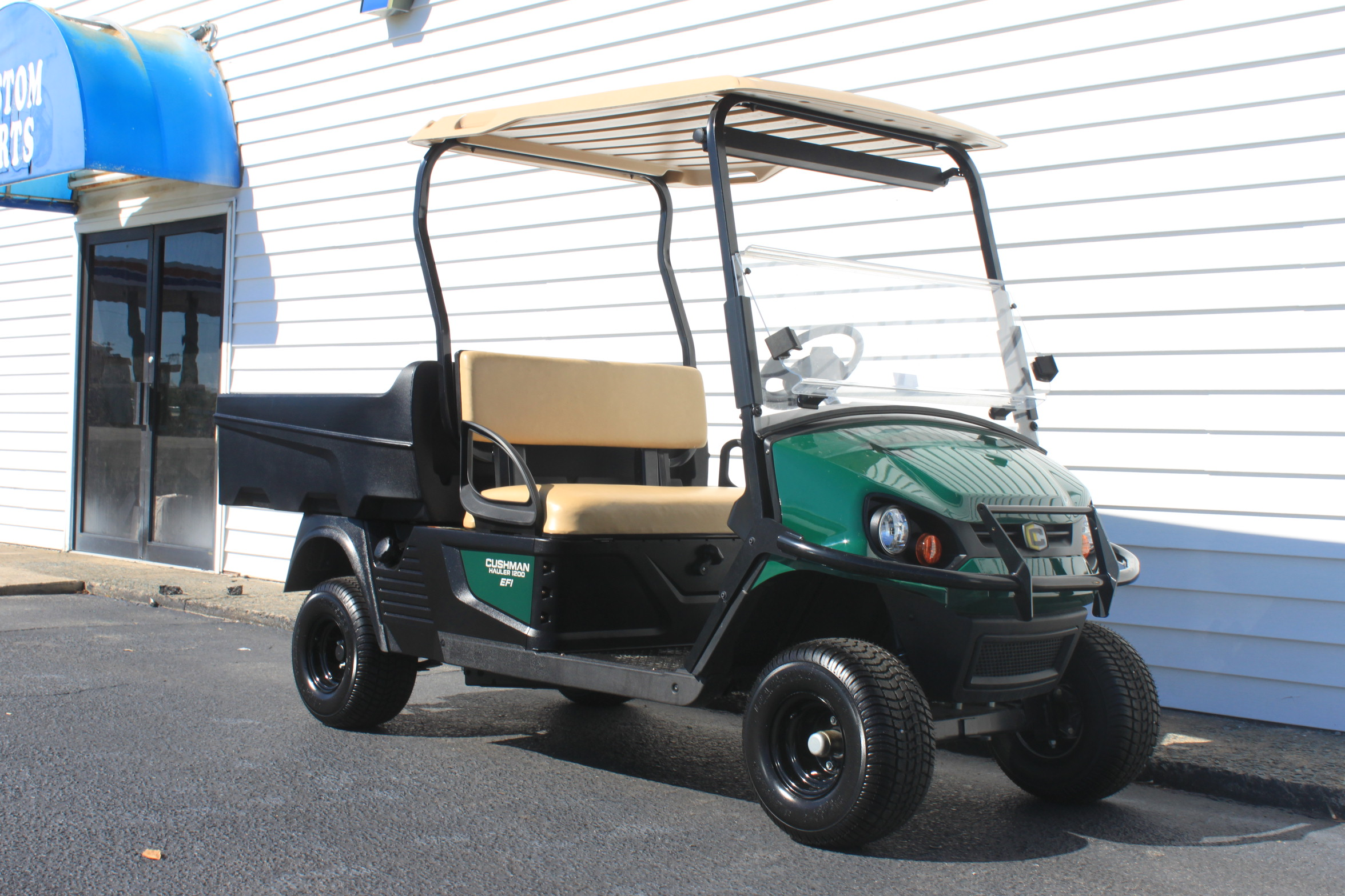 STOCK# CUSH19, 2019 CUSHMAN HAULER 1200 EFI GAS CART